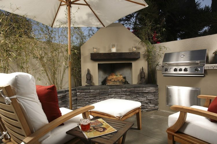 how to shop for outdoor furniture