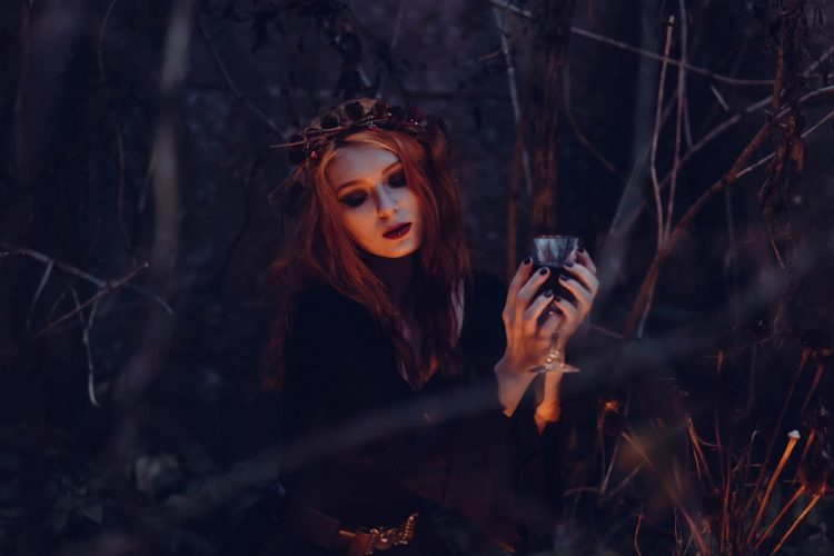 Twilight Vampire Costume Ideas